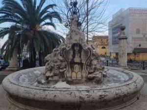 Fontana Clementina, retro, del Porto di Ripetta a Roma
