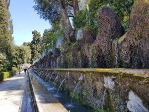 Villa d'Este. Viale delle Cento fontane