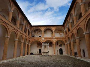 Corte d'onore della Rocca Albornoziana